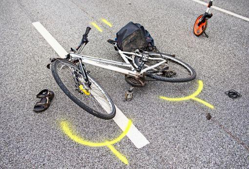 Auch wenn man es an manchen Orten in Stuttgart vermuten könnte: Radunfälle lassen sich  kaum kategorisieren. Foto: dpa/Daniel Bockwoldt