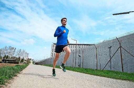 Arne Gabius beim Training in Stammheim Foto: dpa