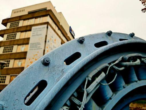 Auf dem bald frei werdenden EnBW-Werksgelände soll dringend benötigter Wohnraum in einem lebenswerten, modernen und starken Stadtviertel entstehen. Foto: Tatjana Eberhardt