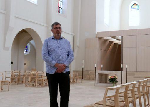 Josef Gloning gehört seit 1996 zum Organisationsteam der Gottesdienste.   Foto: Eva Herschmann