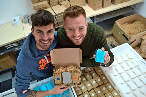 Christoph Lung (links) und Johannes Lutz haben ihre Idee in die Realität umgesetzt. Foto: Thomas Graf-Miedaner
