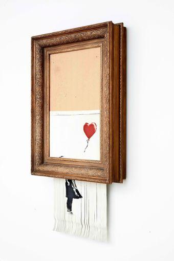 """Banksys """"Love is in the Bin"""" (2018) hat Kunstgeschichte geschrieben. Ab März 2019 ist das Werk in der Staatsgalerie an unterschiedlichen Orten zu entdecken. Foto: z, Staatsgalerie"""