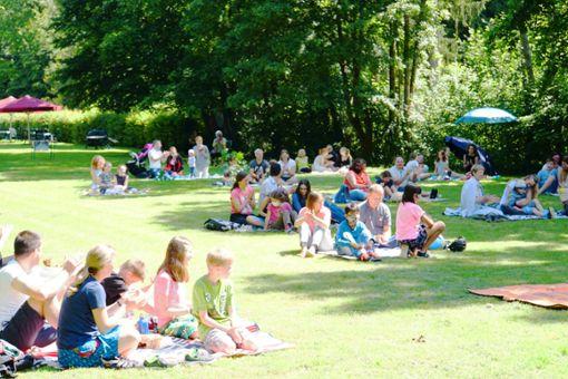 Der erste Picknick-Gottesdienst war ein voller Erfolg.   Foto: z