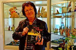 Ingrid Knupfer ist die Mutter aller Hasen – seit Wochen arbeitet sie für die Hasenausstellung... Foto: Hänßler